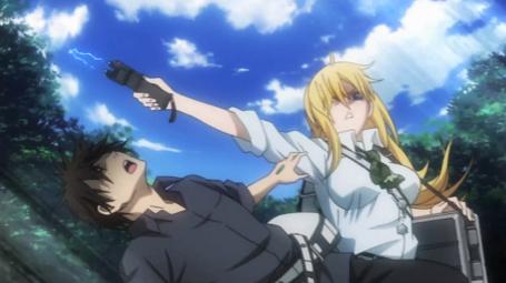BTOOOM-Himiko-attacks-Sakamoto